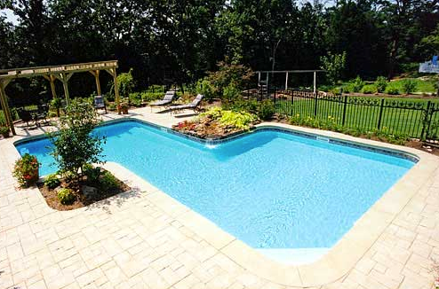 pool contractor Lynchburg